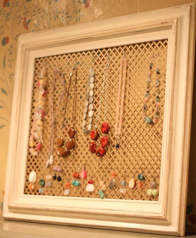 Custom Jewelry Display Frame: The Queen Bead Jewelry Display